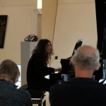 Katerina speelt de Pianosonate van Miranda Driessen